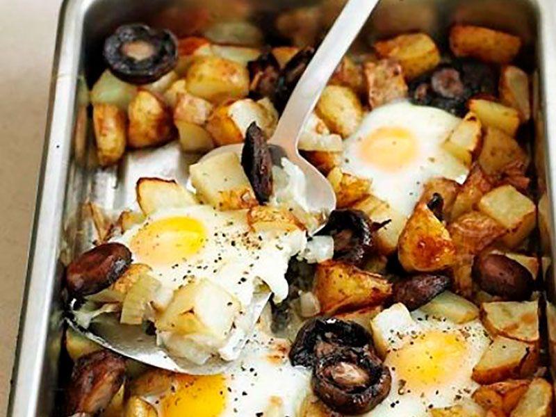 Полезные яйца с картофельными чипсами