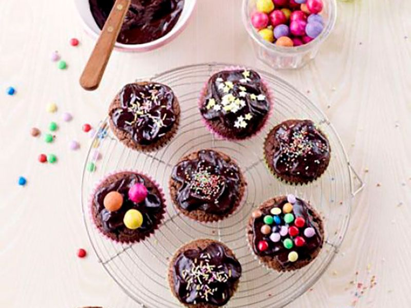Шоколадные капкейки с помадкой